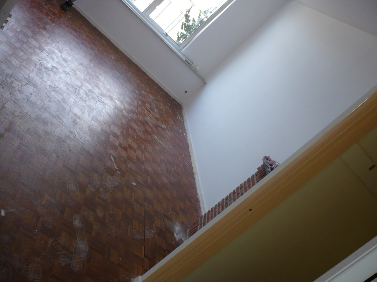 livingroom_front_-_parquet_-_2