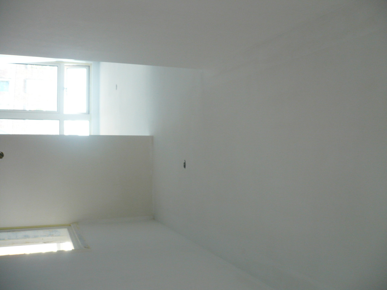 painting_-_hallway_-_1